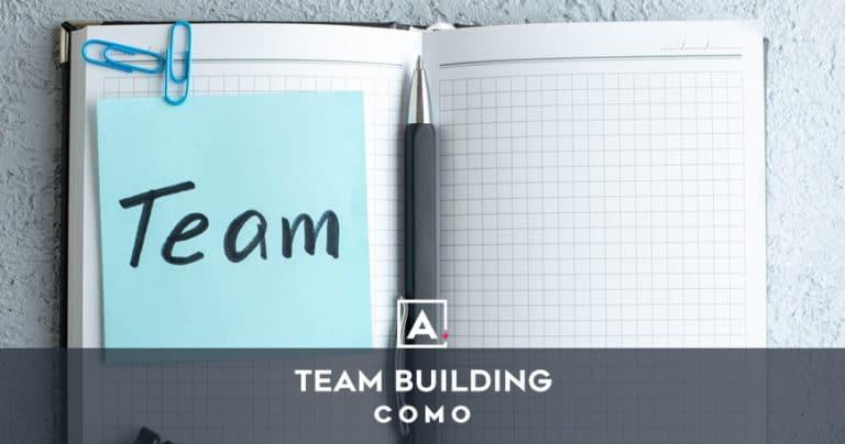Team building a Como
