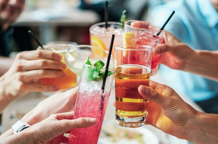 Cocktail Party: idee per come organizzare l'aperitivo