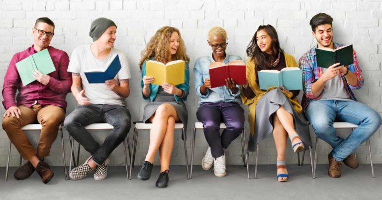 Come presentare un libro in pubblico: consigli e suggerimenti