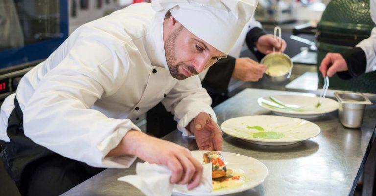 Trova il cuoco professionista per showcooking